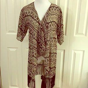 Black + Cream LuLaRoe Monroe Kimono, size S